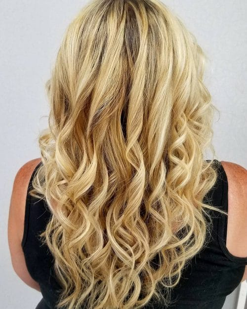 Dimensional Blonde Layers hairstyle