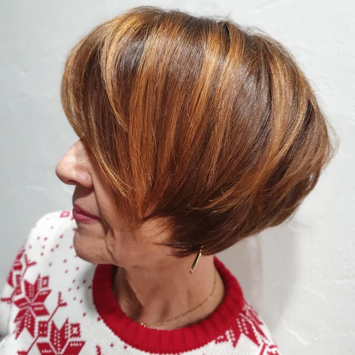 Bob largo hasta la oreja para mujeres mayores con cabello fino