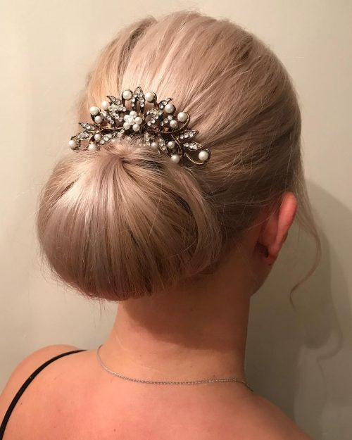 24 Gorgeous Chignon Buns from Simple to Sophisticated