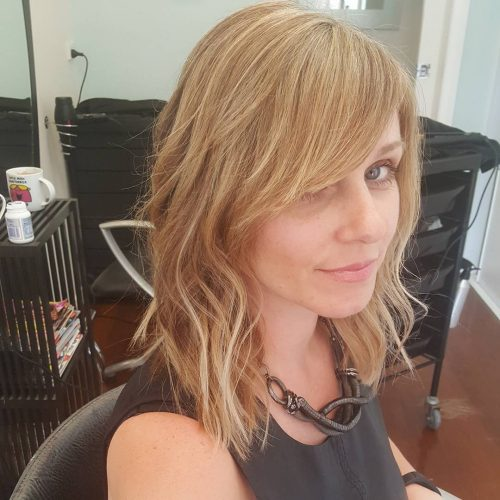 Edgy Lob hairstyle
