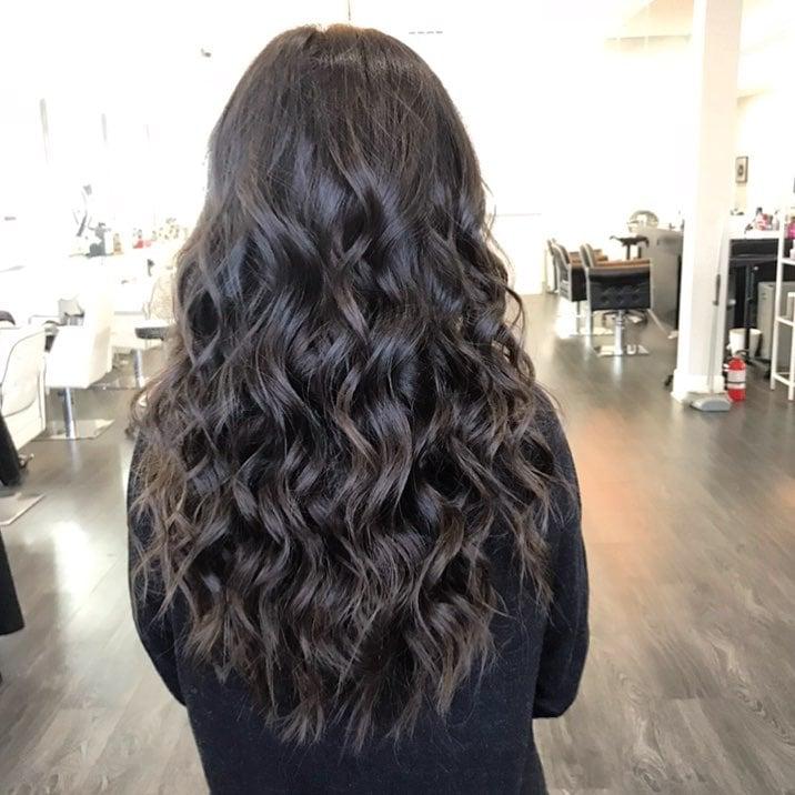 Effortless Beach Waves hairstyle