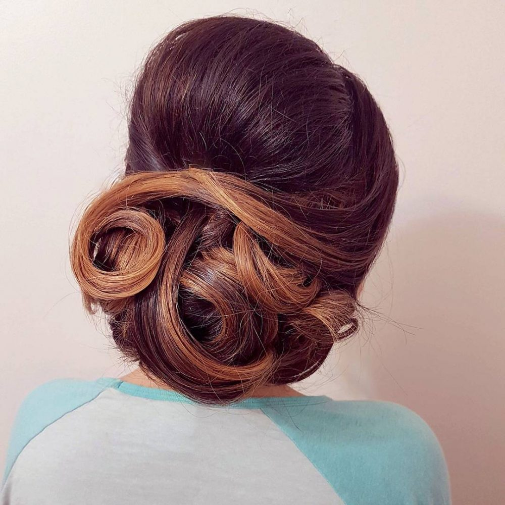 Elegant and Classy Updo hairstyle