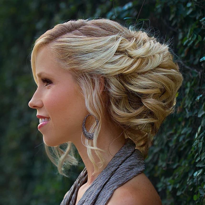 Elegant Silhouette hairstyle