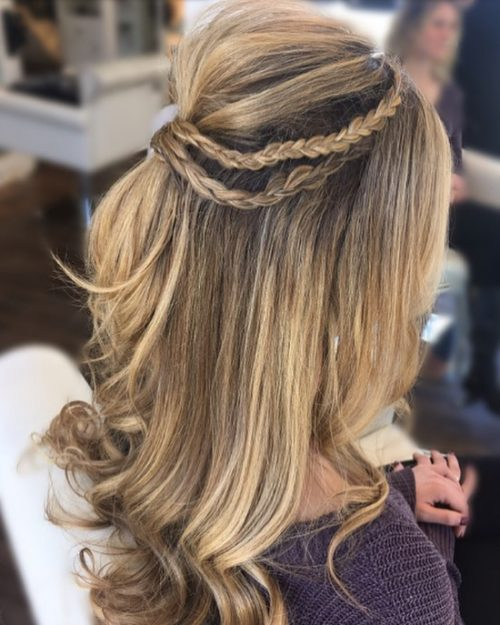 Picture of an eye-catching half updo with braided chains