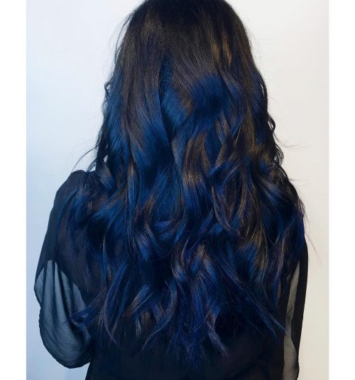 Picture of a fabulous long thick hair in blue black