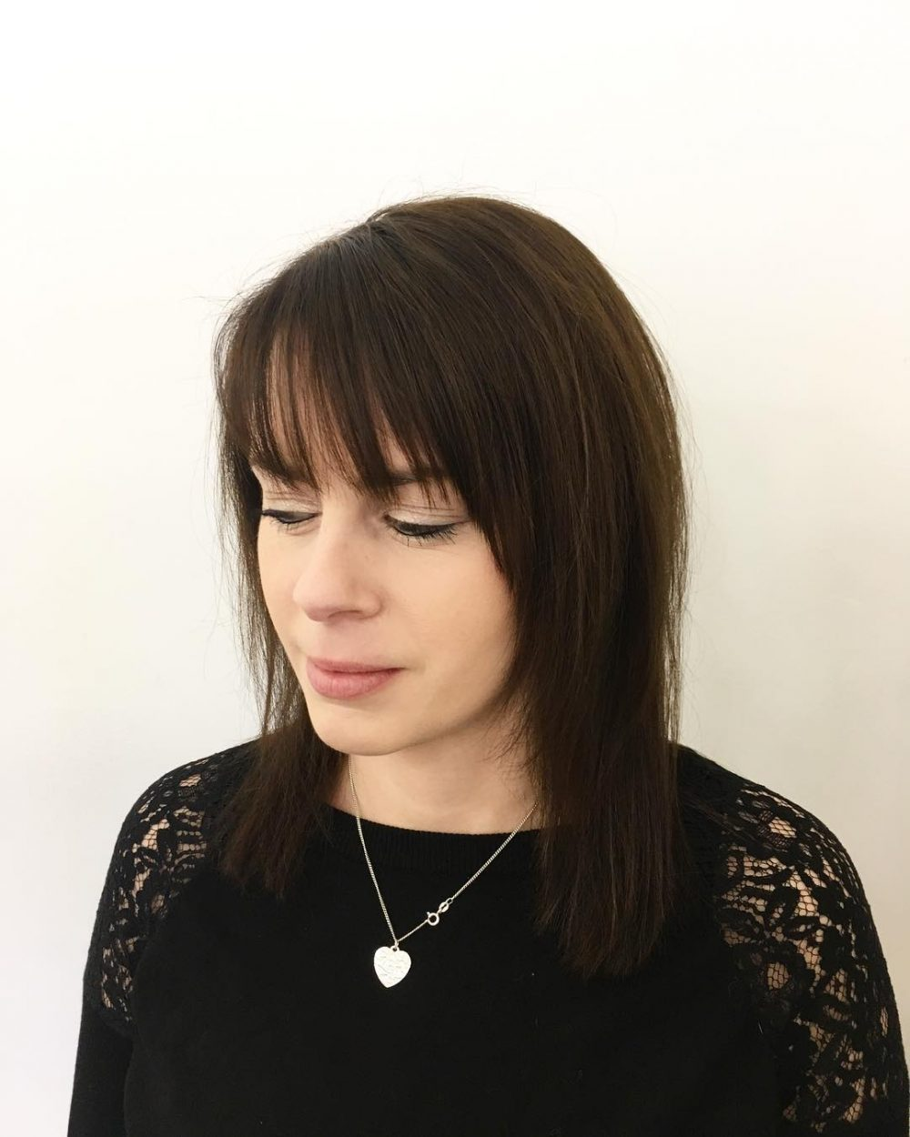 Feathered Lob hairstyle