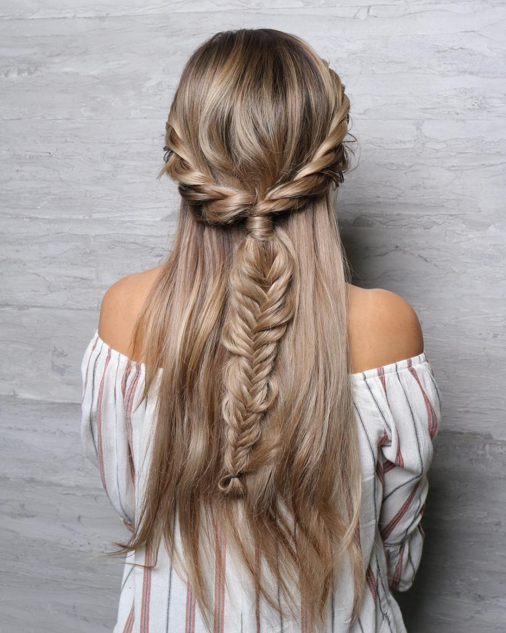 Festival-Inspired Half Updo hairstyle