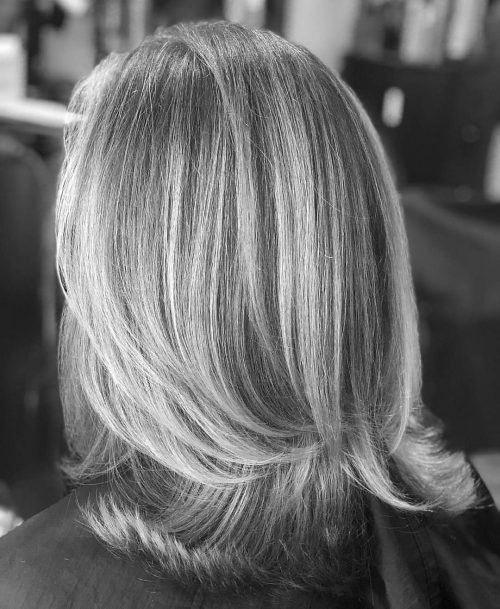 Picture of a flowing silvery long layers