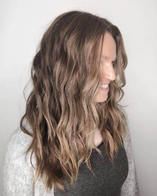 Lowlights for Brown Hair with a Beachy Wave Texture