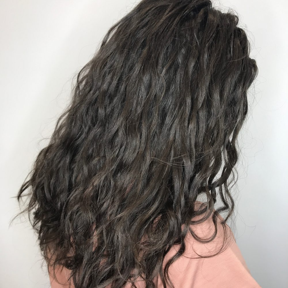 Long Curly Haircut to get inspired