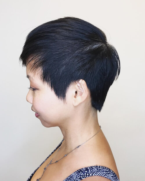 Example of a pixie cut for a round face and black hair