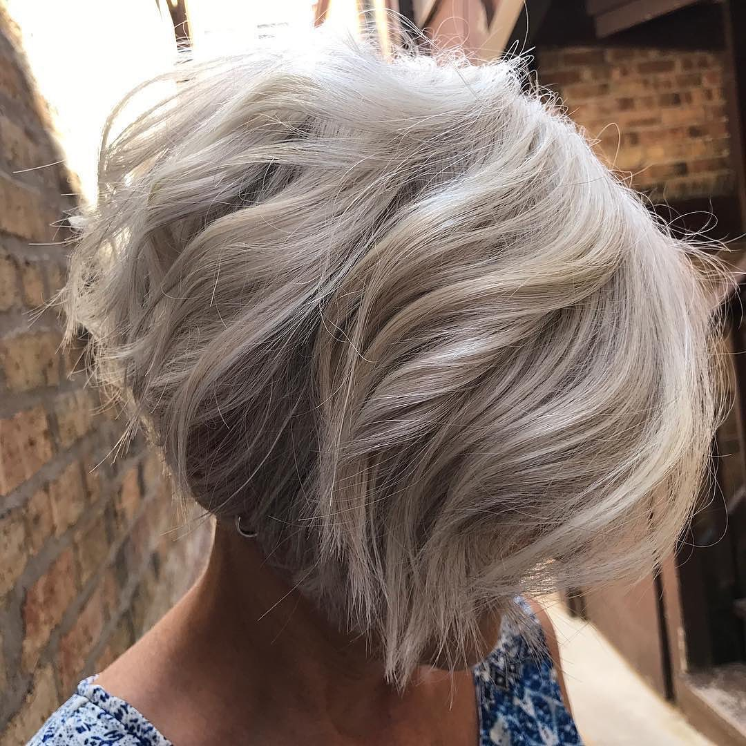 15 Best Bob Haircuts for Thick Hair to Feel Lighter