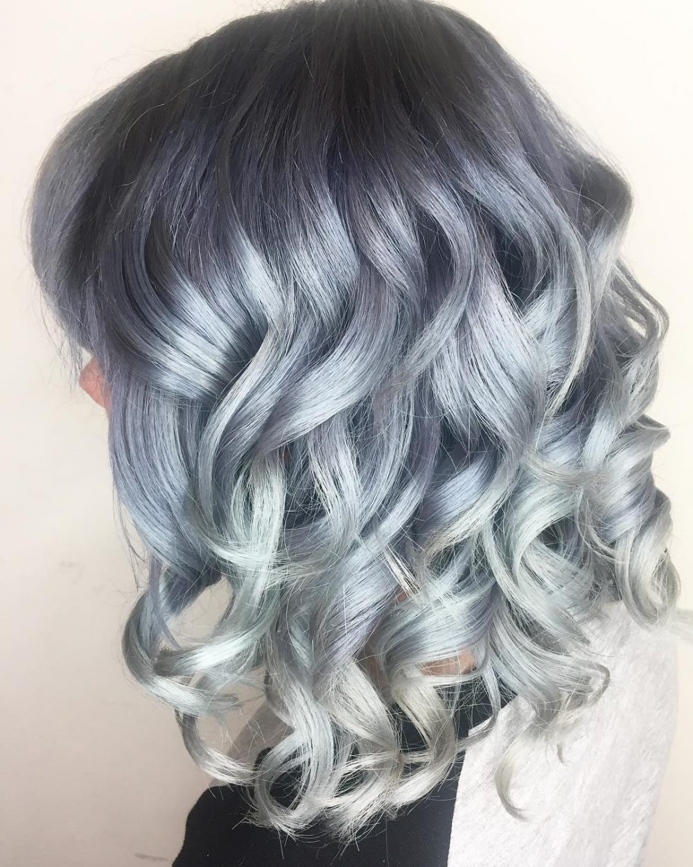 High Contrast Color Melt hairstyle