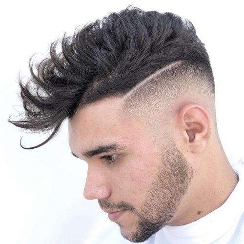 corte de pelo de quiff de alto desvanecimiento