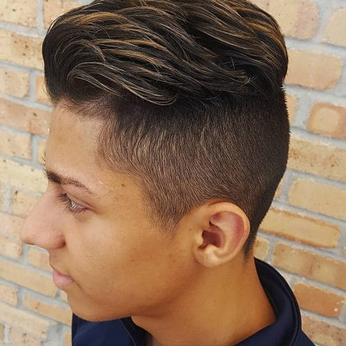 Highlighted Pomp hairstyle