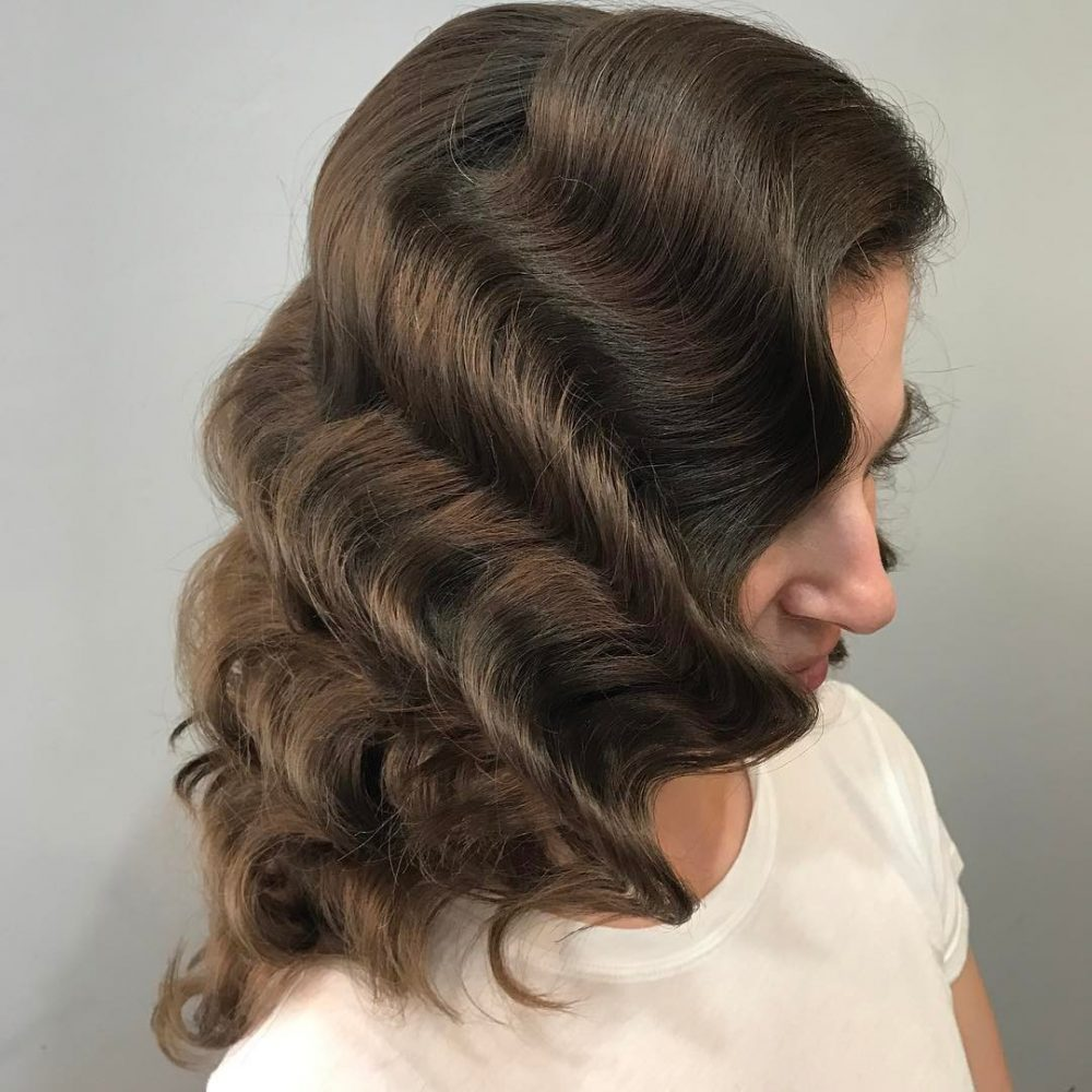 Hollywood Glam Waves hairstyle
