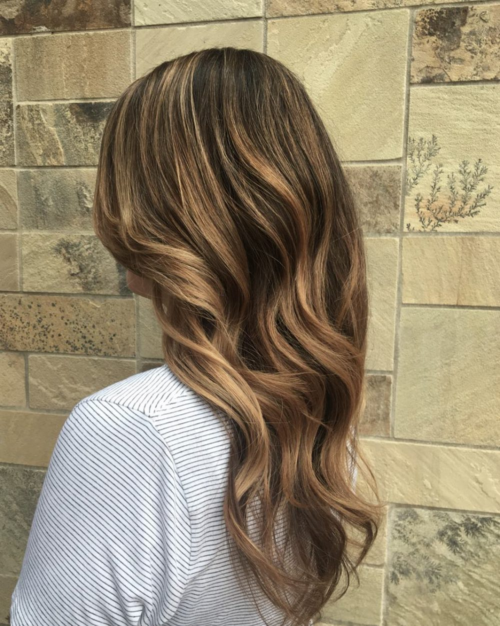 Honey Blonde Highlights hairstyle