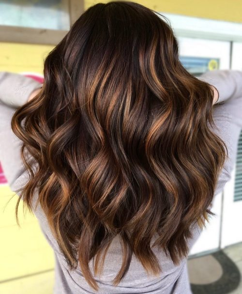 34 Best Caramel Highlights For Every Hair Color