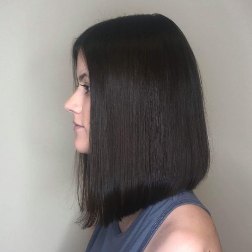 Picture of a jet black blunt shoulder-length hairstyle