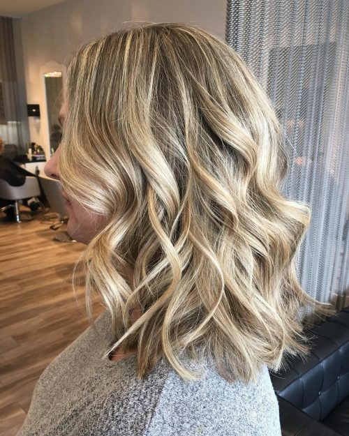 37 Chic Medium Length Wavy Hairstyles in 2018
