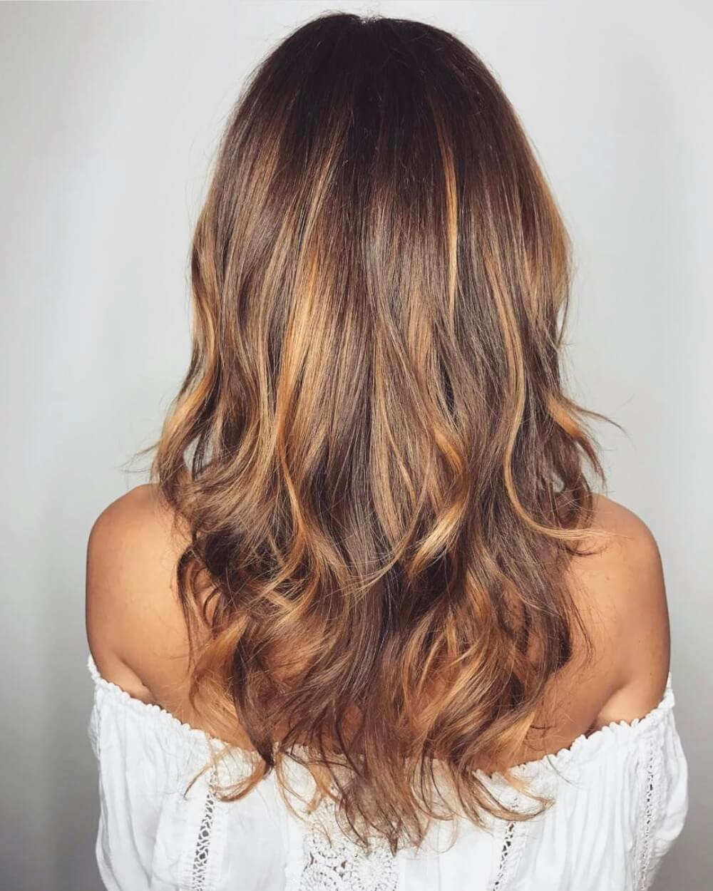 Shoulder Length Brown Hair With Natural Highlights