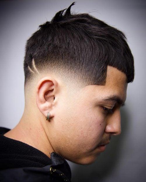 corte de pelo corto afilado