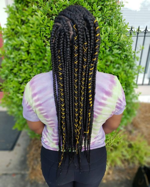 Long Ghana braids with strings