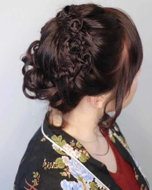 Picture of a long Greek chignon for prom