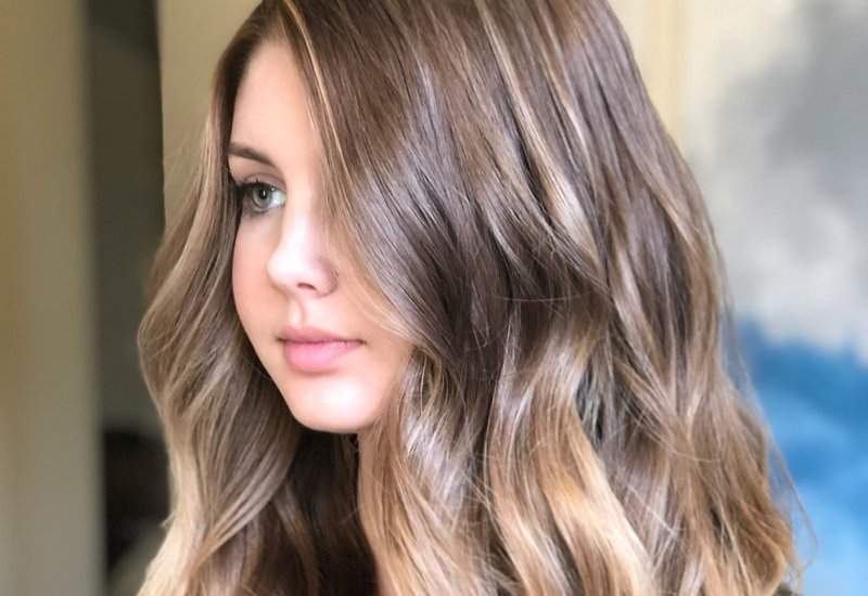 18 Most Flattering Long Hairstyles For Round Faces 2021 Trends