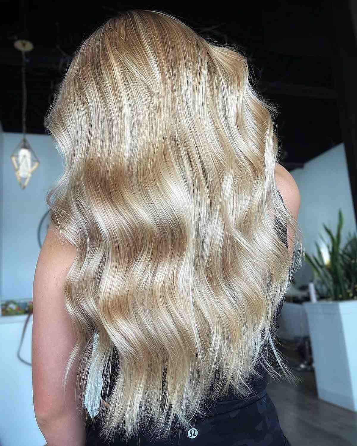 long layered blonde balayage hairstyle for blondes
