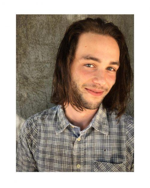 Long & Disheveled hairstyle