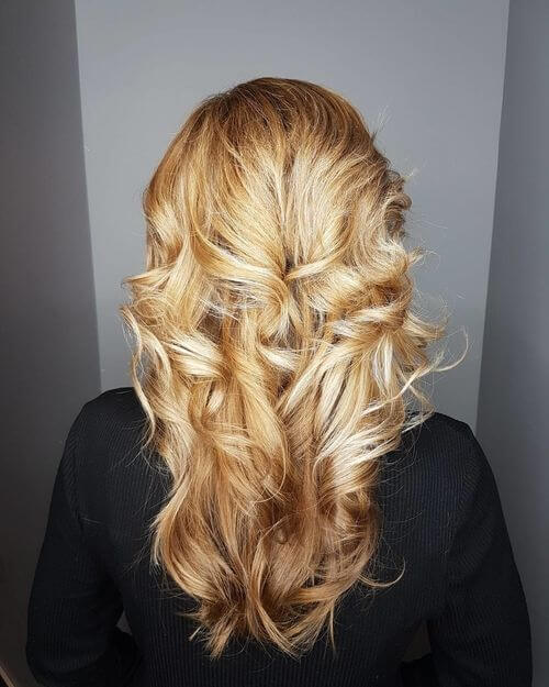 Flowing Loose Layered Curls