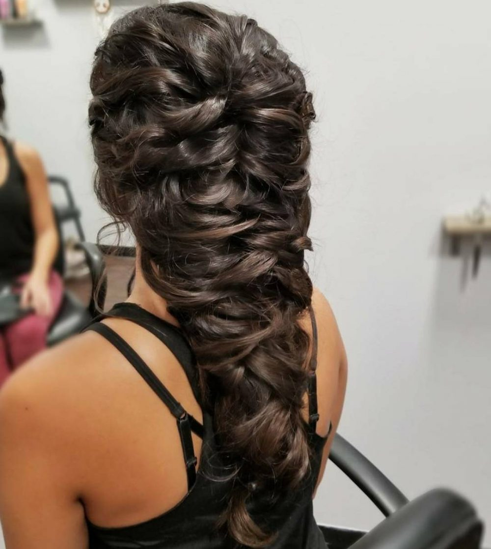 Loosely Braided hairstyle
