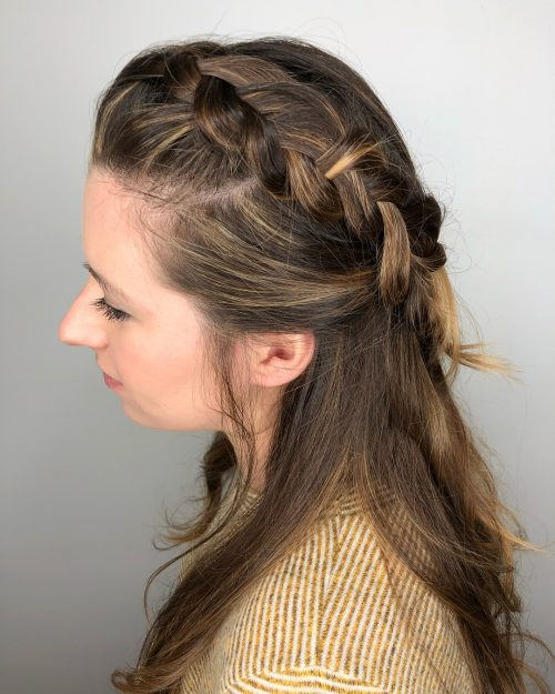 Picture of a lovely and warm date night hairstyle