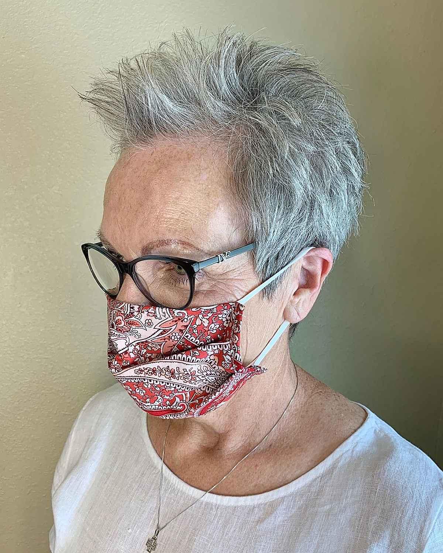 Duendecillo ágil y de bajo mantenimiento para mujeres mayores de 60 años