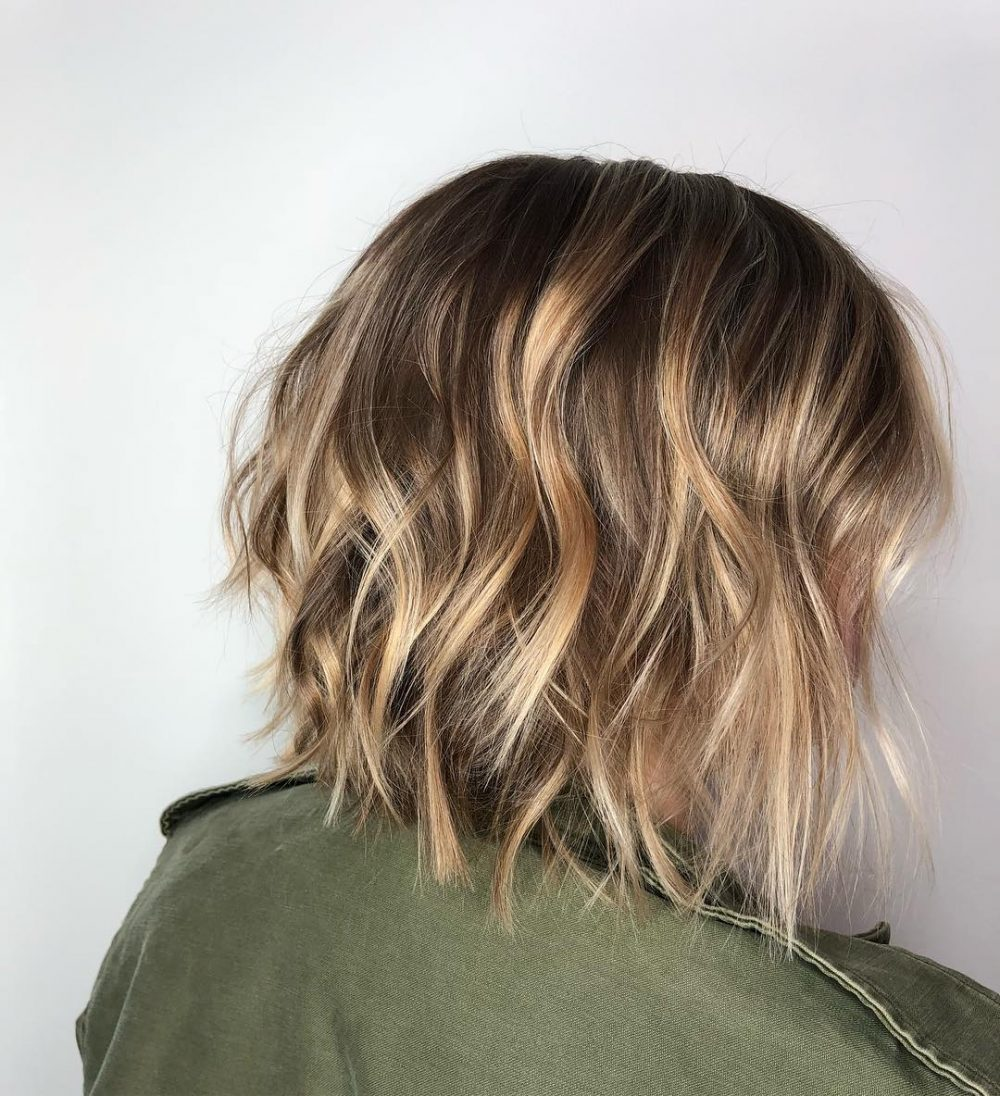 21 Short Choppy Haircuts Women Are Getting In 2020