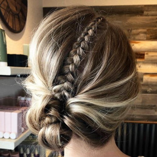Picture of a mini French braid with blonde highlights