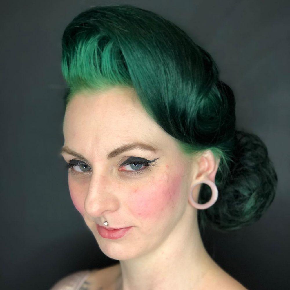 Modern Marilyn Monroe hairstyle