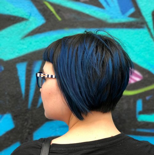Picture of a must-try bob with short bangs in blue black color