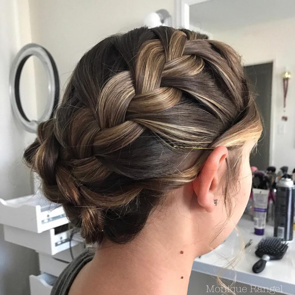 32 Inspiring Prom Updos For Long Hair For 2019 Inspo