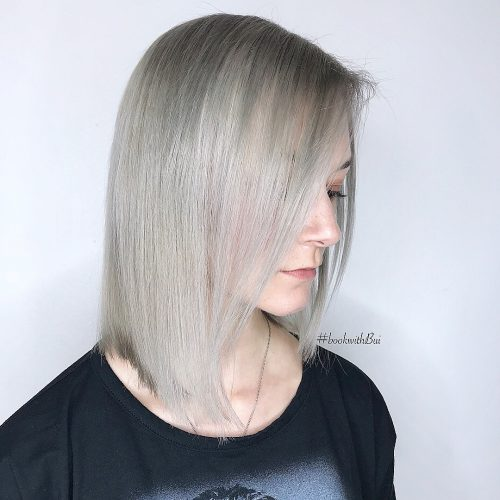 Ombre highlights on straight shoulder length hair