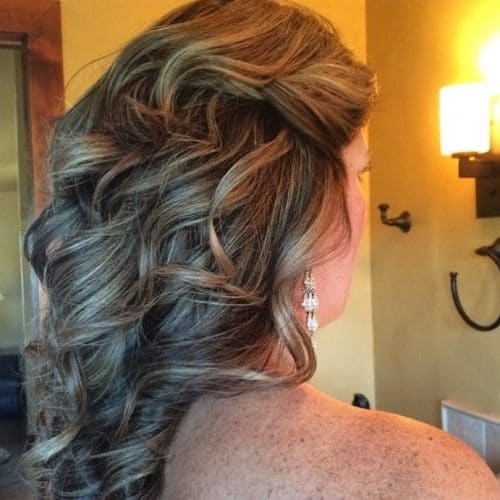 Partial Updo hairstyle