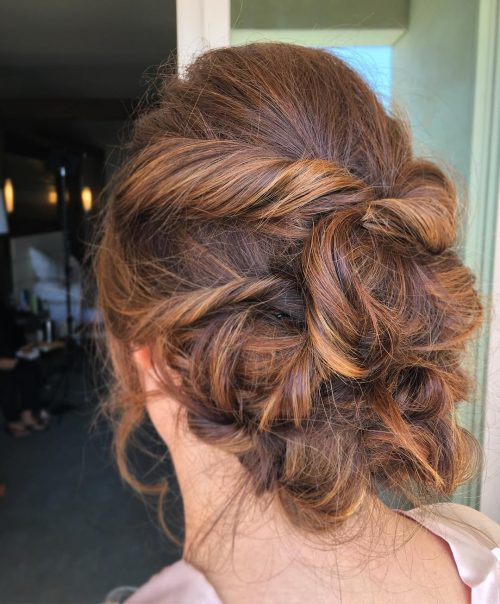 A perfect wedding up for medium layered hair