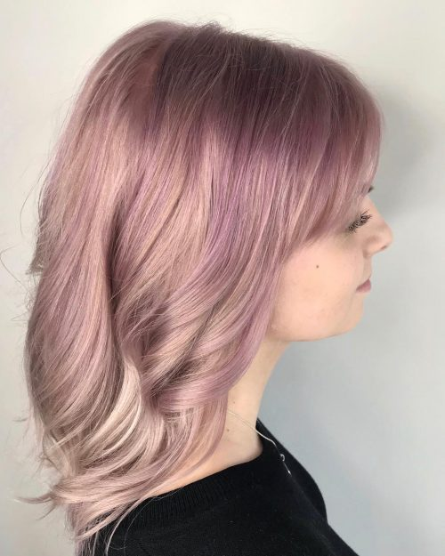 Picture of a perfectly pastel pink shoulder length hair
