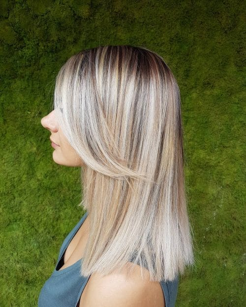 Perfectly Straight Lob hairstyle