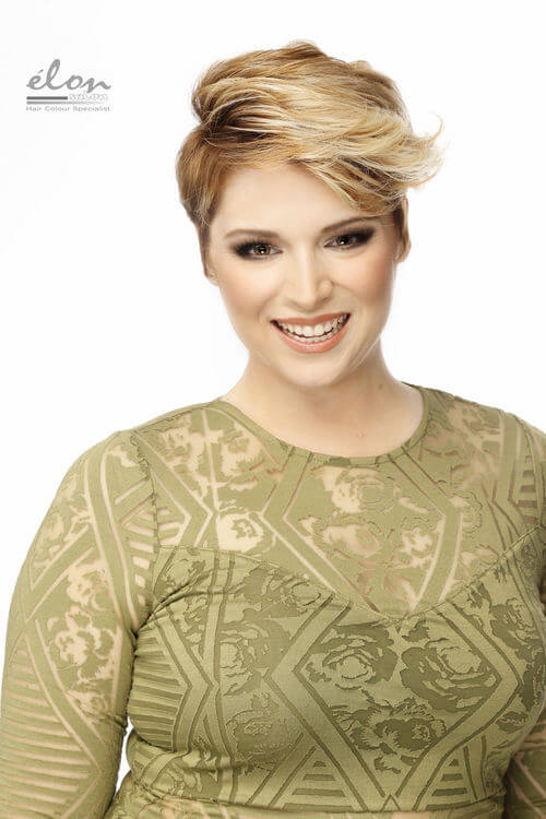 pixie-cut-with-blonde-highlights