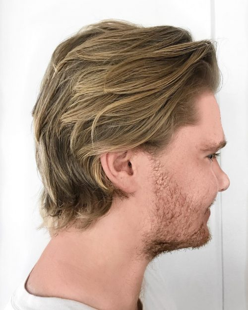 Professional Yet Relaxed hairstyle