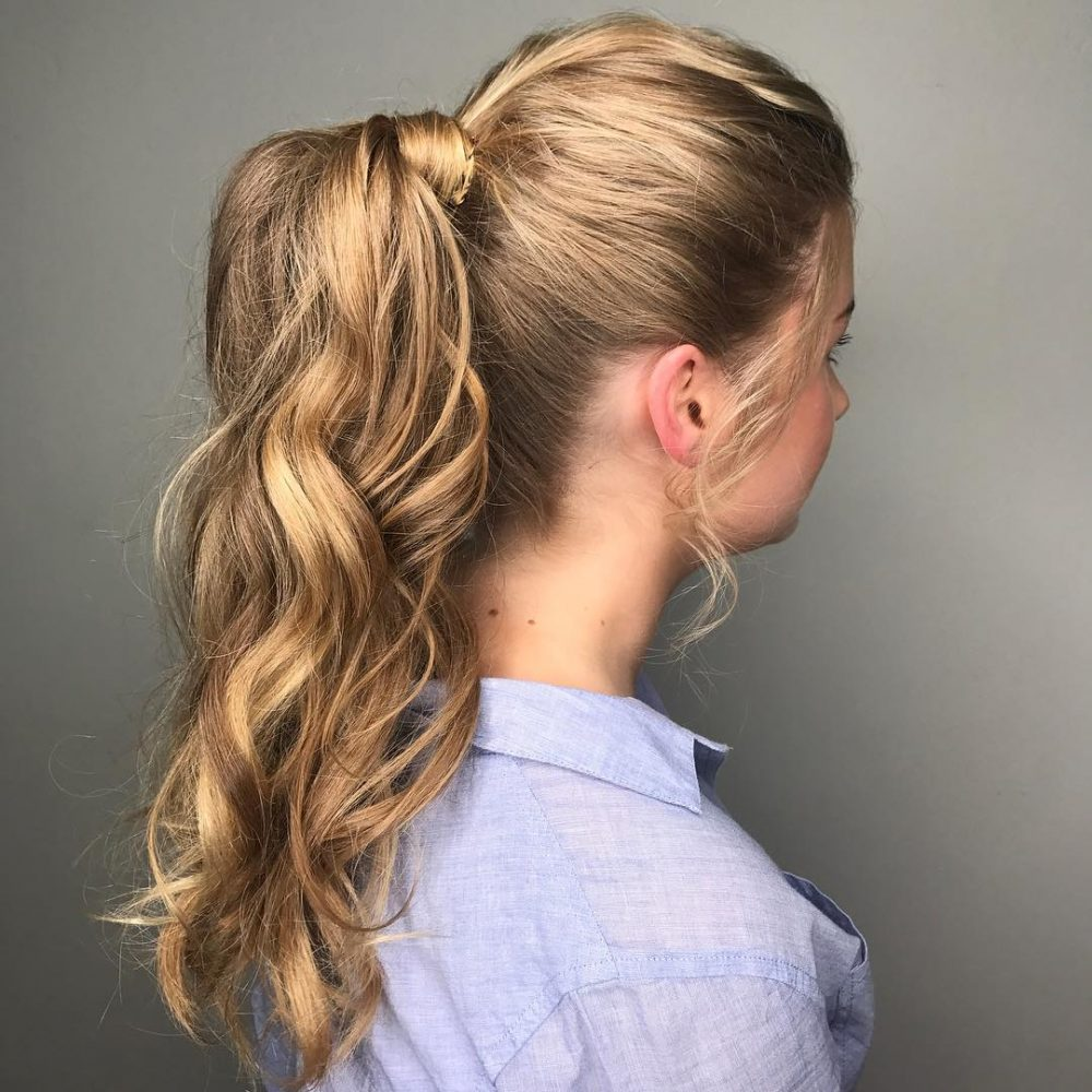 Prom-Worthy Pony hairstyle