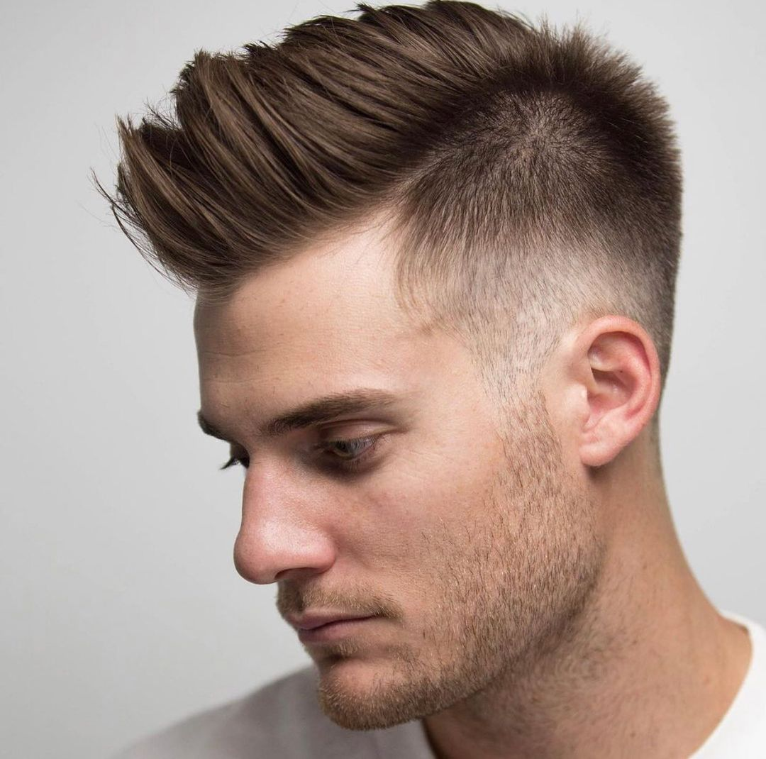 Picture of a pumped up men's taper fade