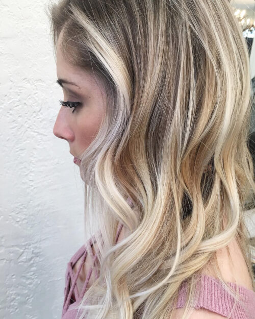 Relaxed and Natural Highlights hairstyle